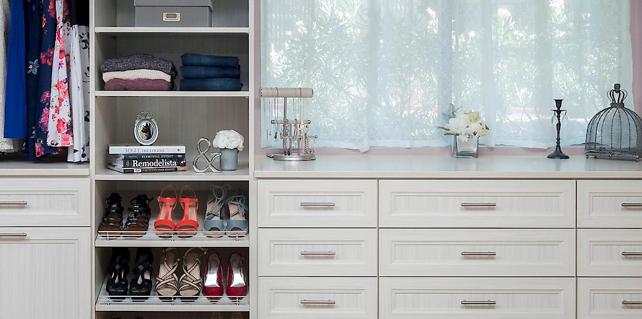 Custom Walk-In Closet with Allegra Drawer Fronts
