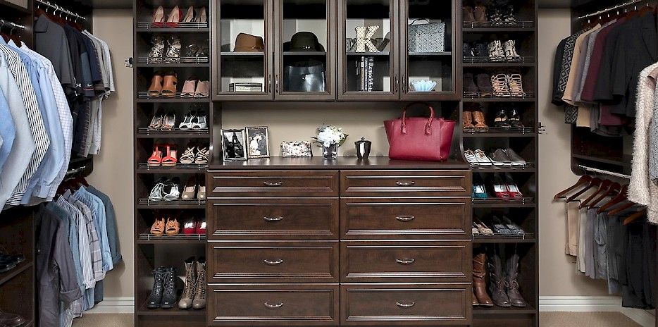 Custom Walk-In Closet with Milan Drawer Fronts